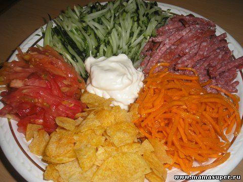 Салат ромашка с сухариками рецепт